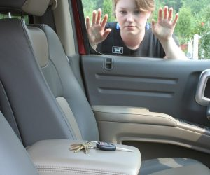 What to Do If You Get Locked Out of Your Car