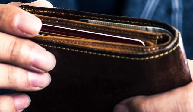 Five things to consider when buying a wallet