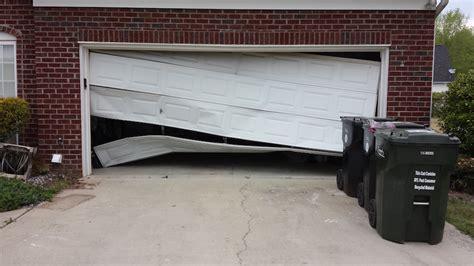 How to Tell If Your Garage Door is Broken